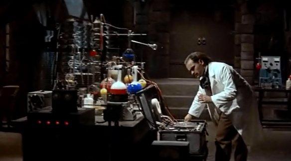 Frankenstein Conquers the World(1965)_003