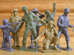 There's no way they could afford more than one color. This is also my first time ever seeing blue army men. Who knew?