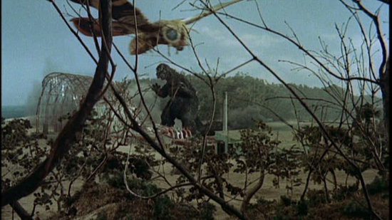 mothra-vs-godzilla-1964-movie-screenshot