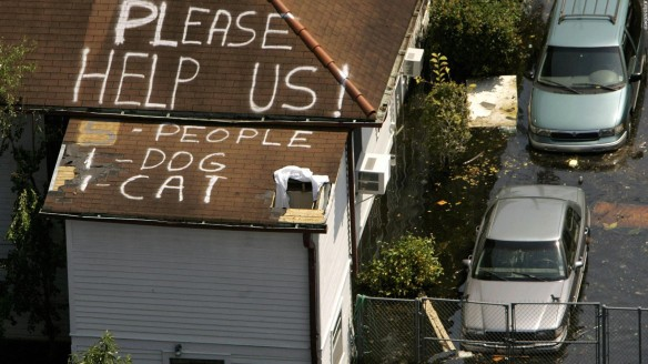 131119103312-2005-hurricane-katrina-rooftop-full-169.jpg