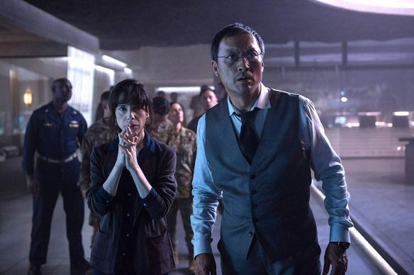 Godzilla-King-of-the-Monsters-still-Sally-Hawkins-and-Ken-Watanabe-in-the-Monarch-base